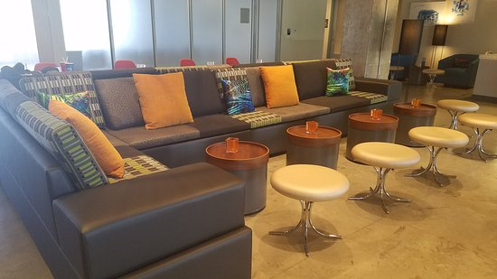 Aloft Miami Airport: Love The Retro Mid Century Modern Style.