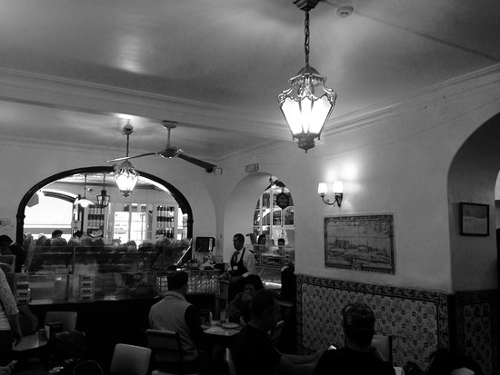 Photo of Modern European Restaurant Antiga Confeitaria de Belem at Rua De Belem 84-92, Lisbon, Portugal