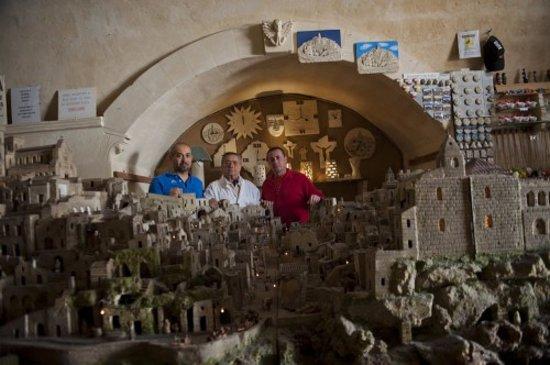 Sassi in Miniatura: Eustachio Rizzi e figli