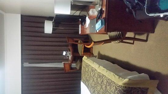 Tucuman Center Hotel: 20170312_212848_large.jpg