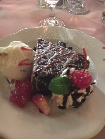 Madison, Wirginia: Flourless Chocolate Torte