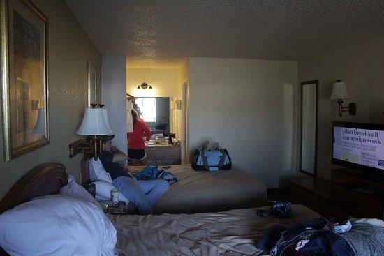 Best Western Post Oak Inn: Inside the room