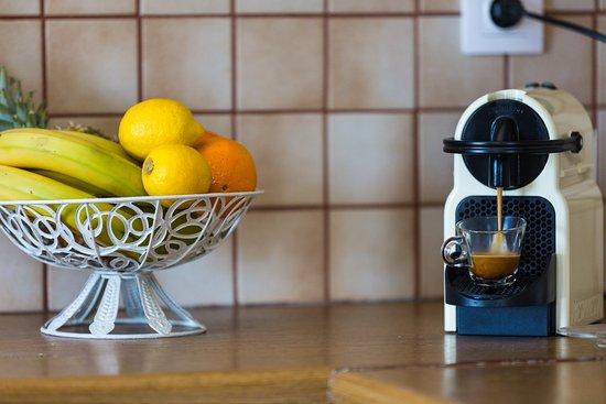 Аделе, Греция: Nespresso coffee machine. Enjoy!!