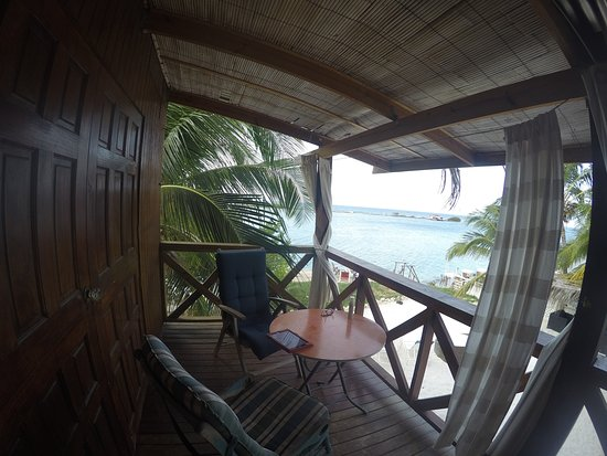 Coral Reef Beach Villa and Apartments: Upper deck view from room 6