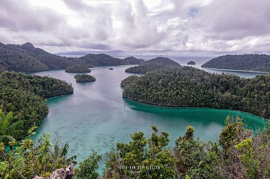 Pulau Wayag: Wayag from the central pov