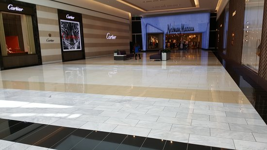 King of Prussia Mall: 20170317_124737_large.jpg