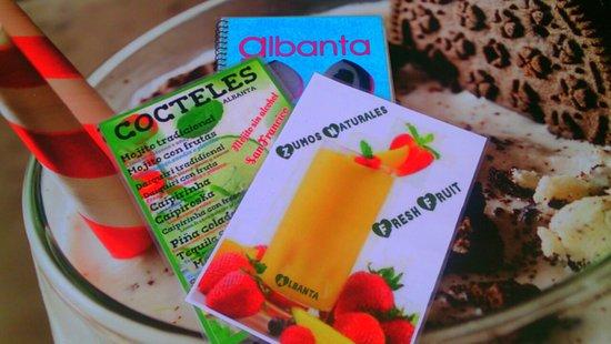 Teteria Albanta: Los mejores zumos naturales..Batidos buenísimos...y el mejor mojito de Torremolinos!!..En Albant