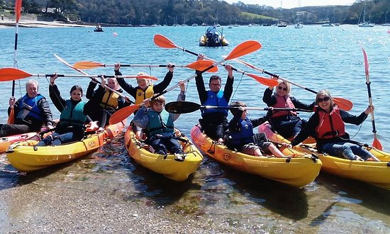 St. Mawes, UK: More happy paddlers