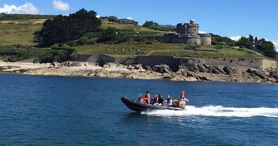 St Mawes, UK: Paramour steaming past St. Mawes Castle
