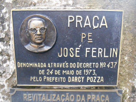 Praça Padre José Ferlin