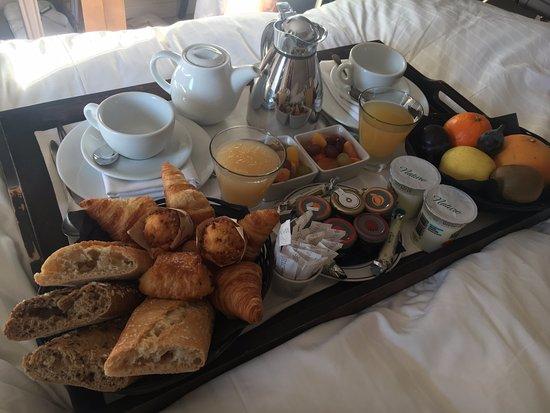 Hotel Le Vallon de Valrugues & Spa Photo