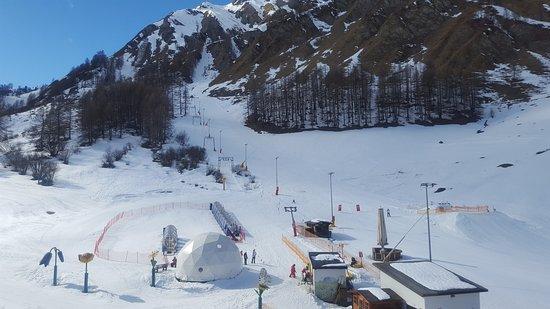 Samnaun, Sveits: 1. Schweizer Schneesportschule