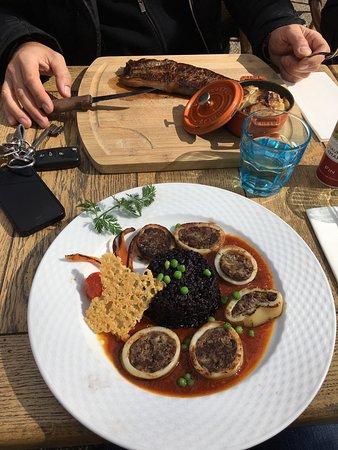 Моссан-лез-Альпий, Франция: Plat du jour et pièce de viande super bonne!
