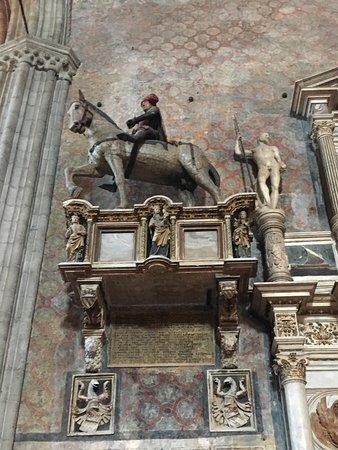Basilica Santa Maria Gloriosa dei Frari: photo2.jpg