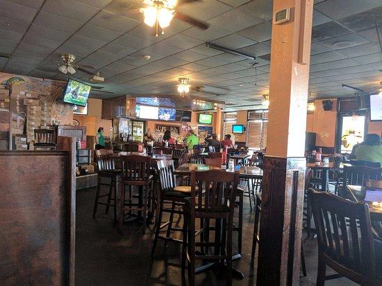 Stockbridge, Τζόρτζια: Full bar -