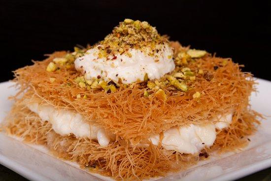 Amman Governorate, Jordania: Eish Al-Sarraya Dessert