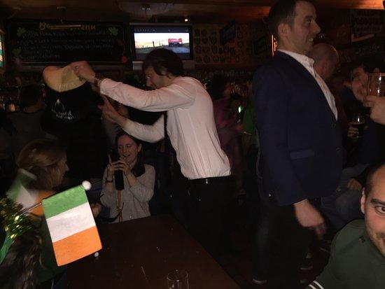 McGann's Pub and B&B: photo1.jpg