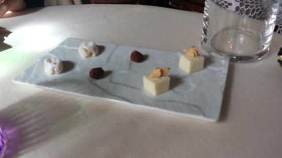Casole d'Elsa, Italien: Delizia di dolci
