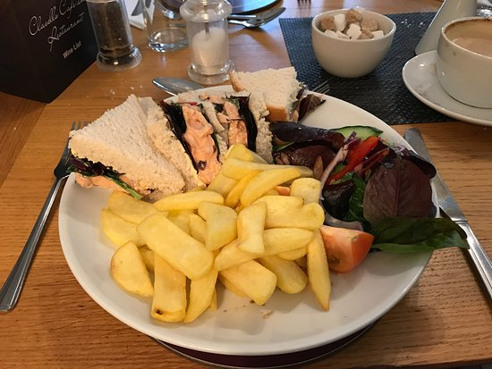 Kimmeridge, UK: Prawn Marie-Rose sandwich