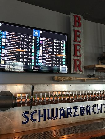 The Dalles, OR: The other side! Here is Schwarzbachs Sports Bar, 25 beers on tap 6 ciders, 12 tvs, PAC 12, great