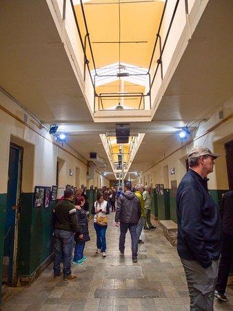 Museo Maritimo y del Presidio de Ushuaia: Gallery with prison cells