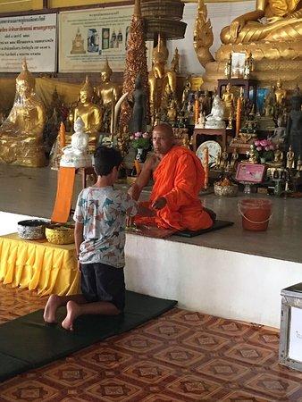 Chalong, Tailandia: bendición