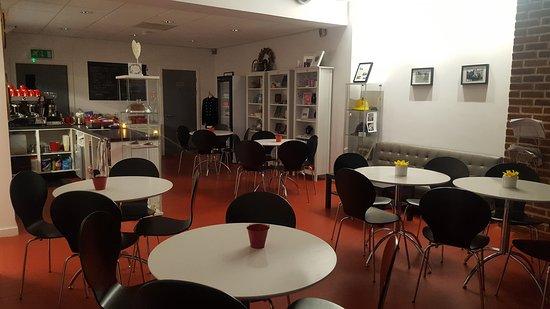 Brackley, UK: The Old Fire Station Cafe