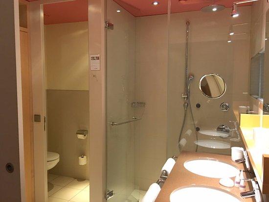 Badezimmer bild von a rosa travem nde l beck tripadvisor - Badezimmer rosa ...