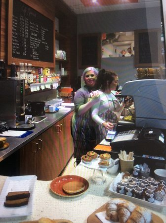 Banbridge, UK: A wee photo of the ladies at Cafe Marmalade who make dinning there a great experience
