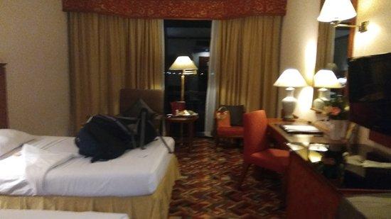 Empress Hotel : IMG_20170102_215243_large.jpg