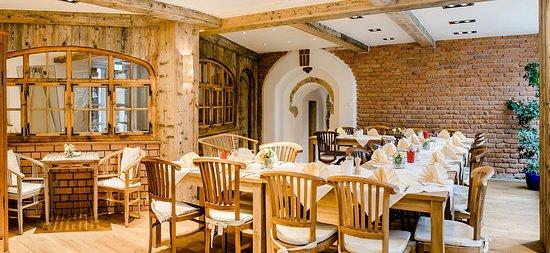 landhaus caf restaurant hotel bewertungen fotos preisvergleich wolfratshausen tripadvisor. Black Bedroom Furniture Sets. Home Design Ideas