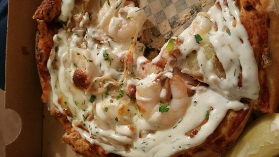 Oldbury, UK: Jolly Sailor Seafood Pizza