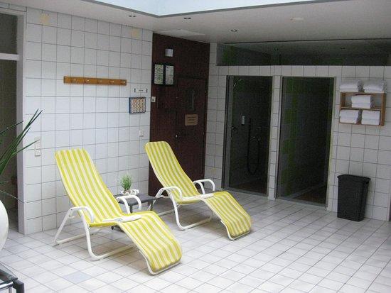 vor der sauna bild von hotel fulda mitte fulda. Black Bedroom Furniture Sets. Home Design Ideas
