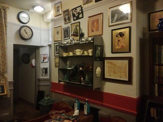 Tavistock, UK: Unique antiques!