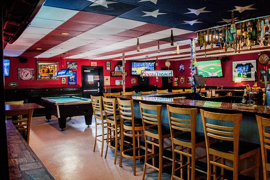 Severna Park, MD: The Bar side with TV's, Pool Tables and 33 Taps including a hand cranked cask and two nitros.