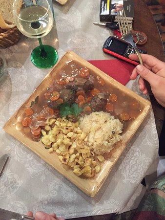Golfe-Juan Vallauris, فرنسا: Un repas à l'aveugle , serveuse super sympa professionnelle et de très bon conseil ....un pur ré