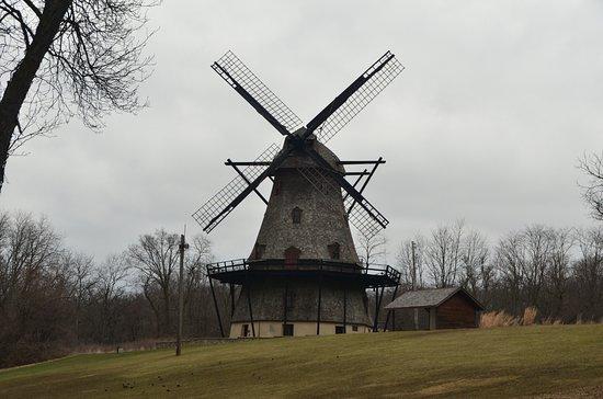 Geneva, IL: Fabyan Windmill