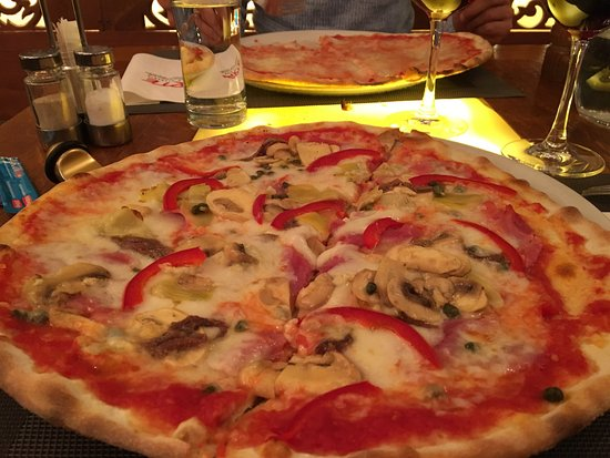 Hotel Pizzeria Arte St Moritz