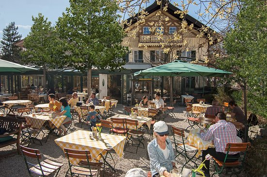 landhaus cafe picture of landhaus cafe restaurant hotel wolfratshausen tripadvisor. Black Bedroom Furniture Sets. Home Design Ideas
