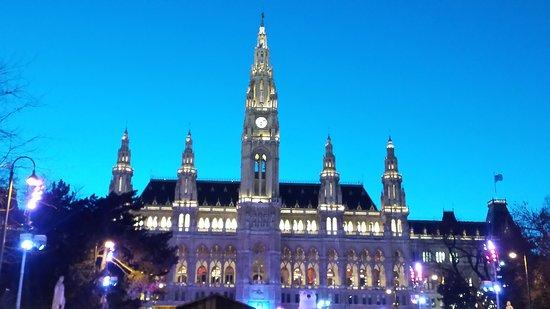 Rathaus: 20170301_180942_LLS_large.jpg