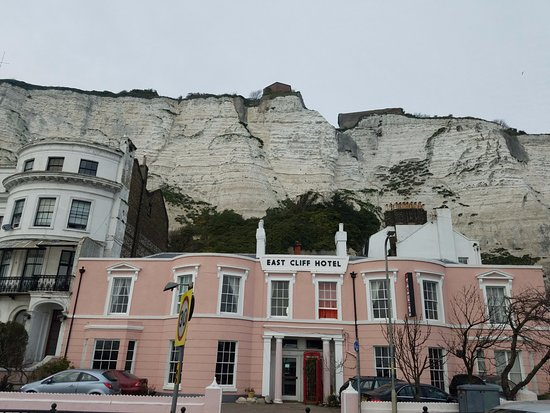 Cliff's of Dover
