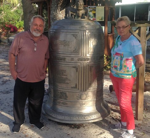 Mims, FL: Massive Bell that is used