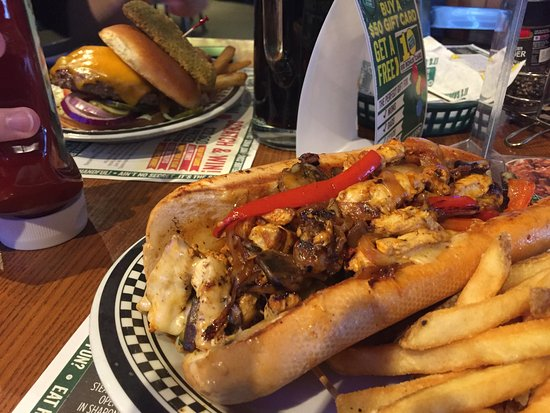 Phillipsburg, NJ: Food, hot from the kitchen