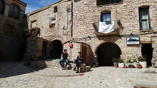 Sorprendidos Picture Of Restaurant Montfalco Les Oluges Tripadvisor