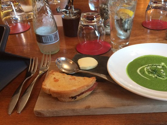 Лейберн, UK: Soup of the day