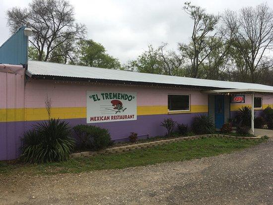 Mount Vernon, TX: El Tremendo