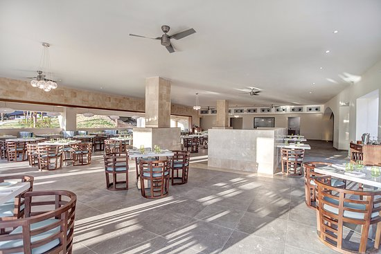 Cap Estate, Sta. Lucía: Grazie Restaurant