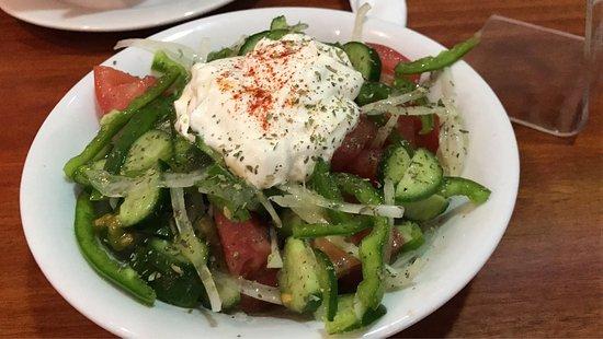 Suvlaki : Great salads!