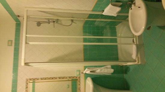 Hotel Potenza: 20170315_202357_large.jpg