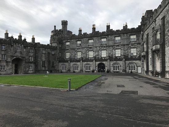 Kilkenny Castle: the castle